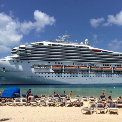Ten Tips for Staying Healthy on a Cruise